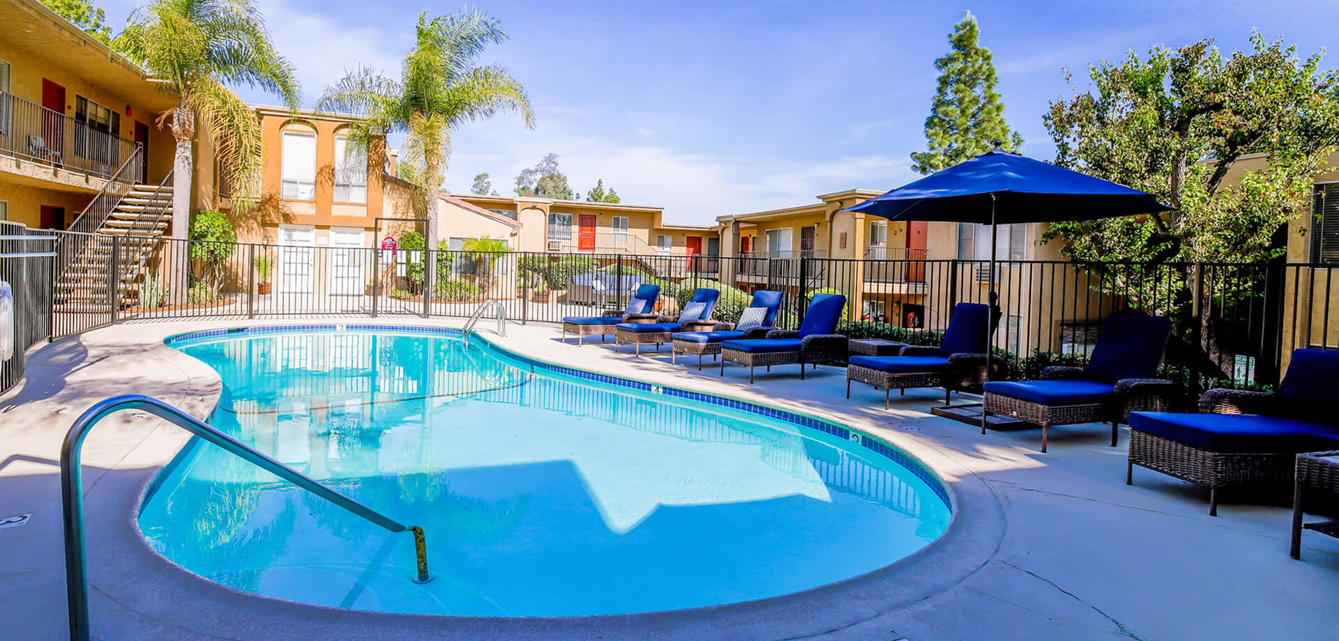 Parkview Apartments - Apartments in Poway, CA